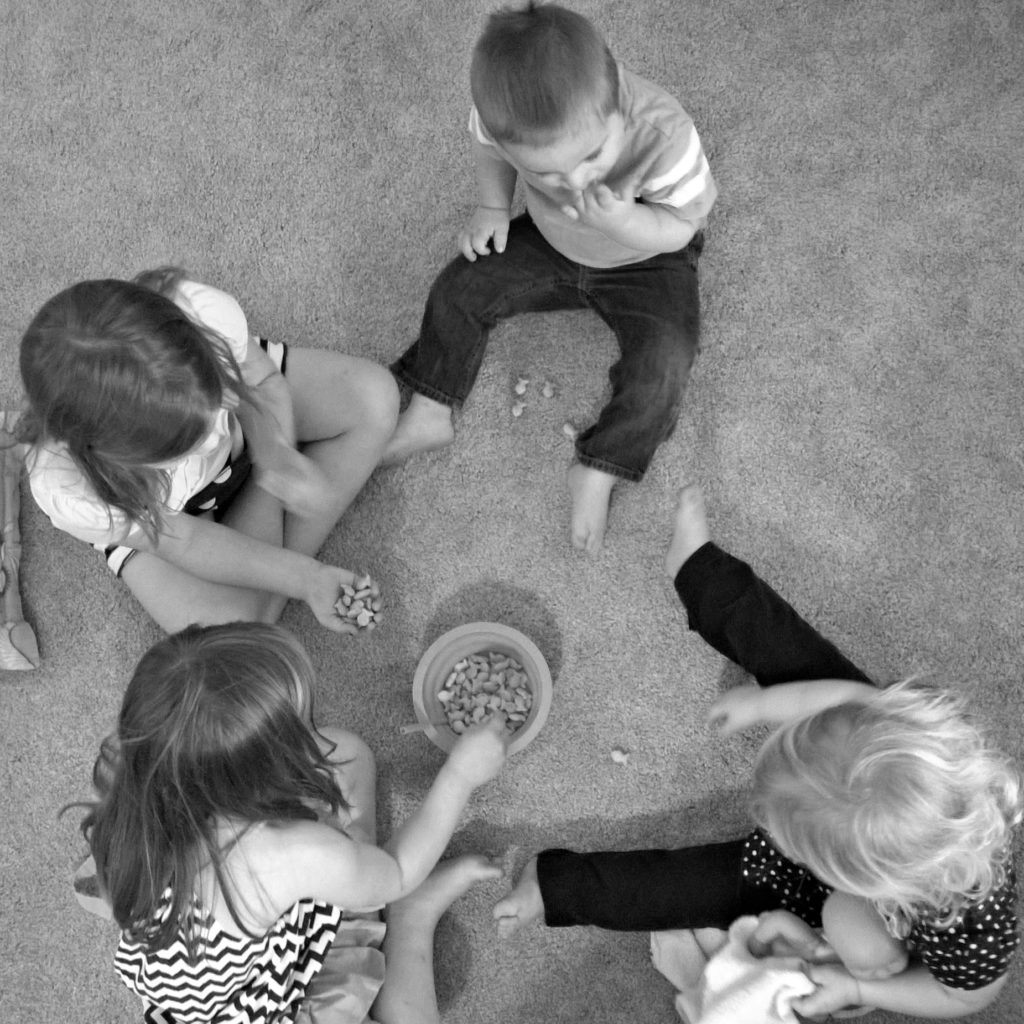 kids eating a snack